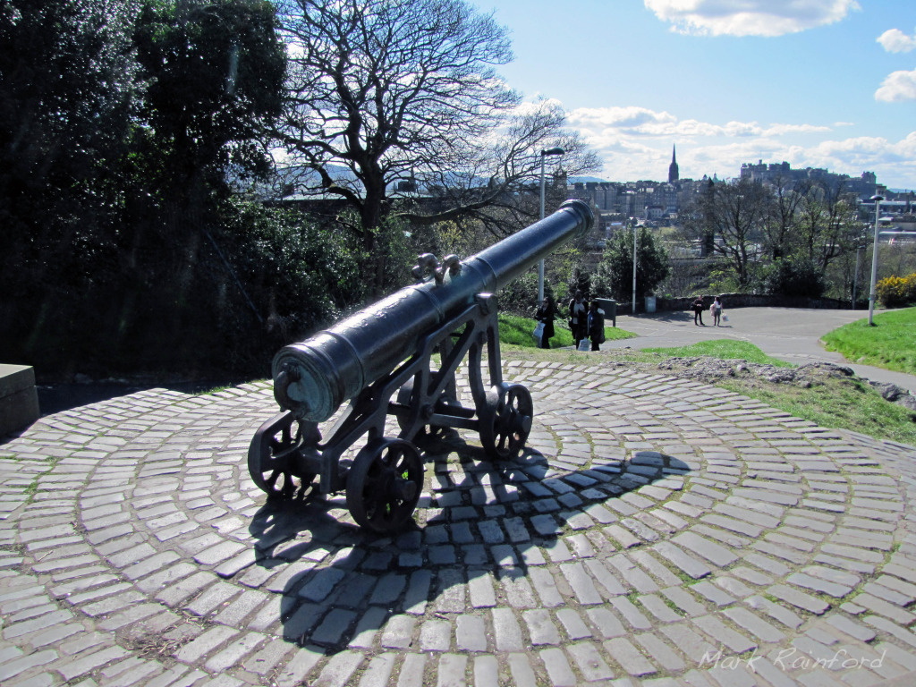 Portuguese war cannon