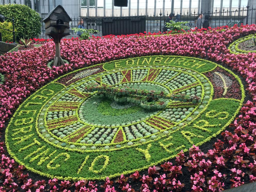 Edinburgh flower clock 2015