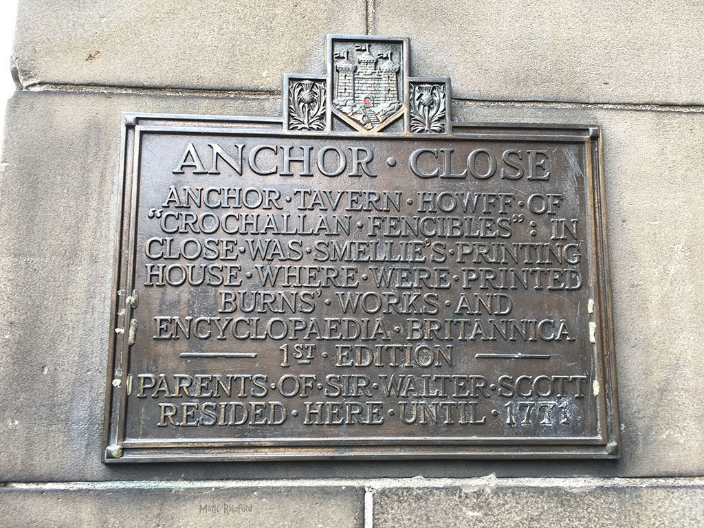 Anchor Close