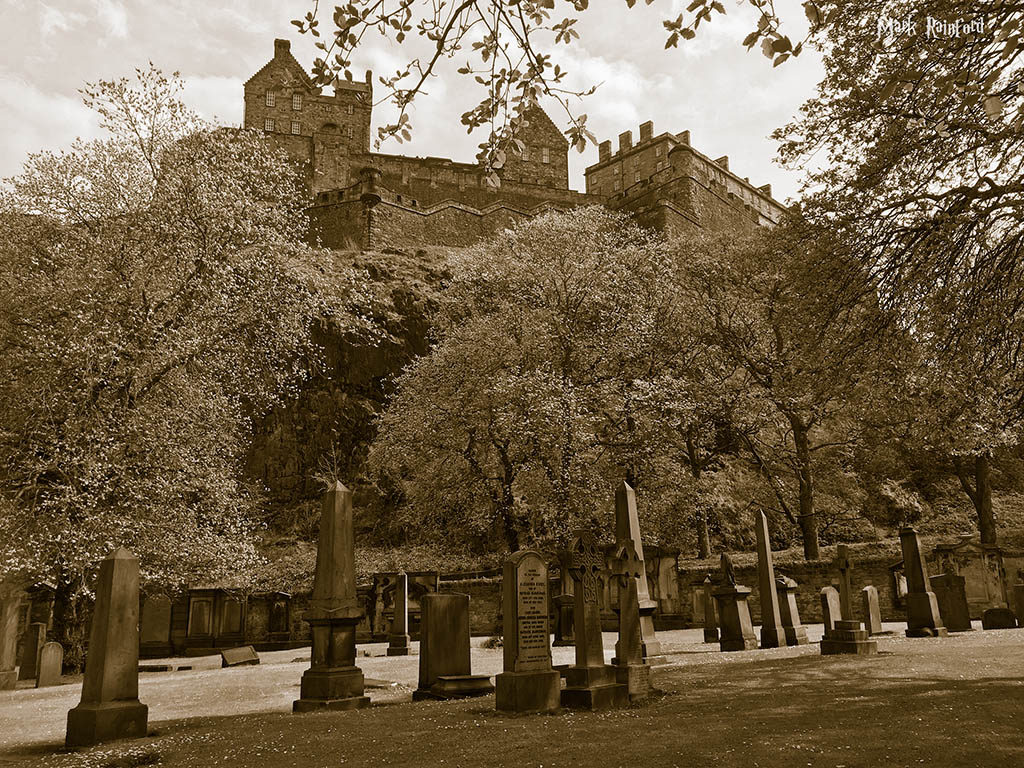 St Cuthbert's kirkyard and Edinburgh Castle