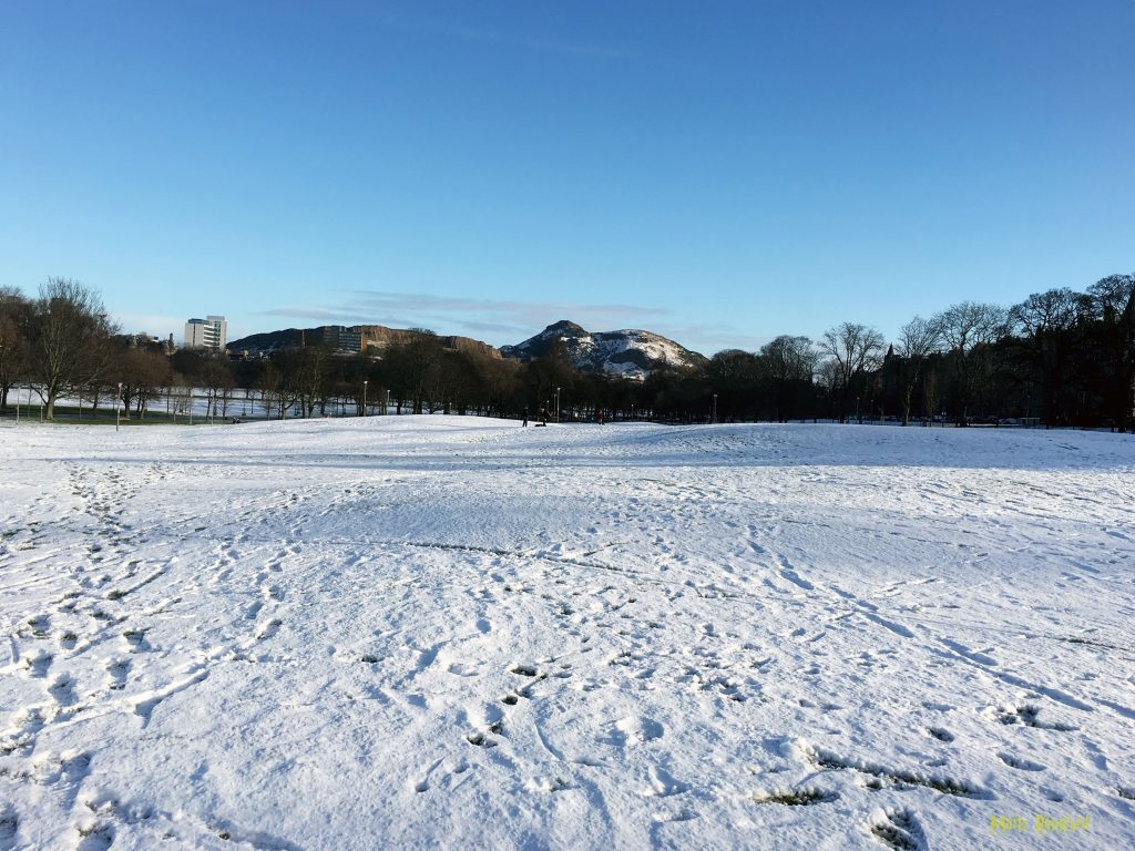 Snow - Bruntsfield links