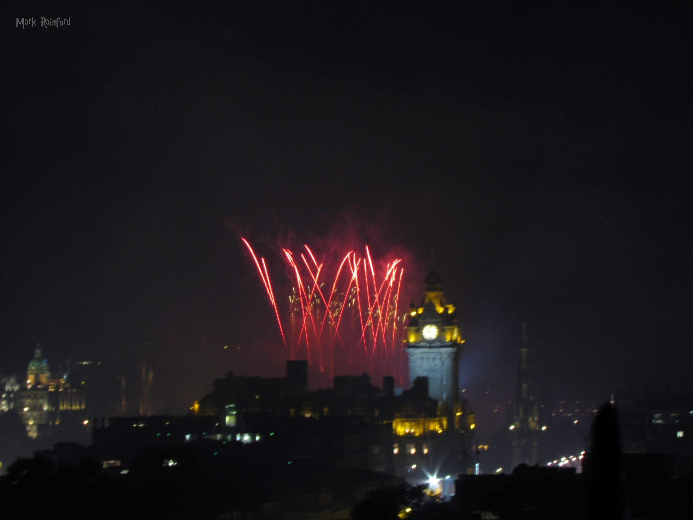 Festival Fireworks 2018 Red Yellow