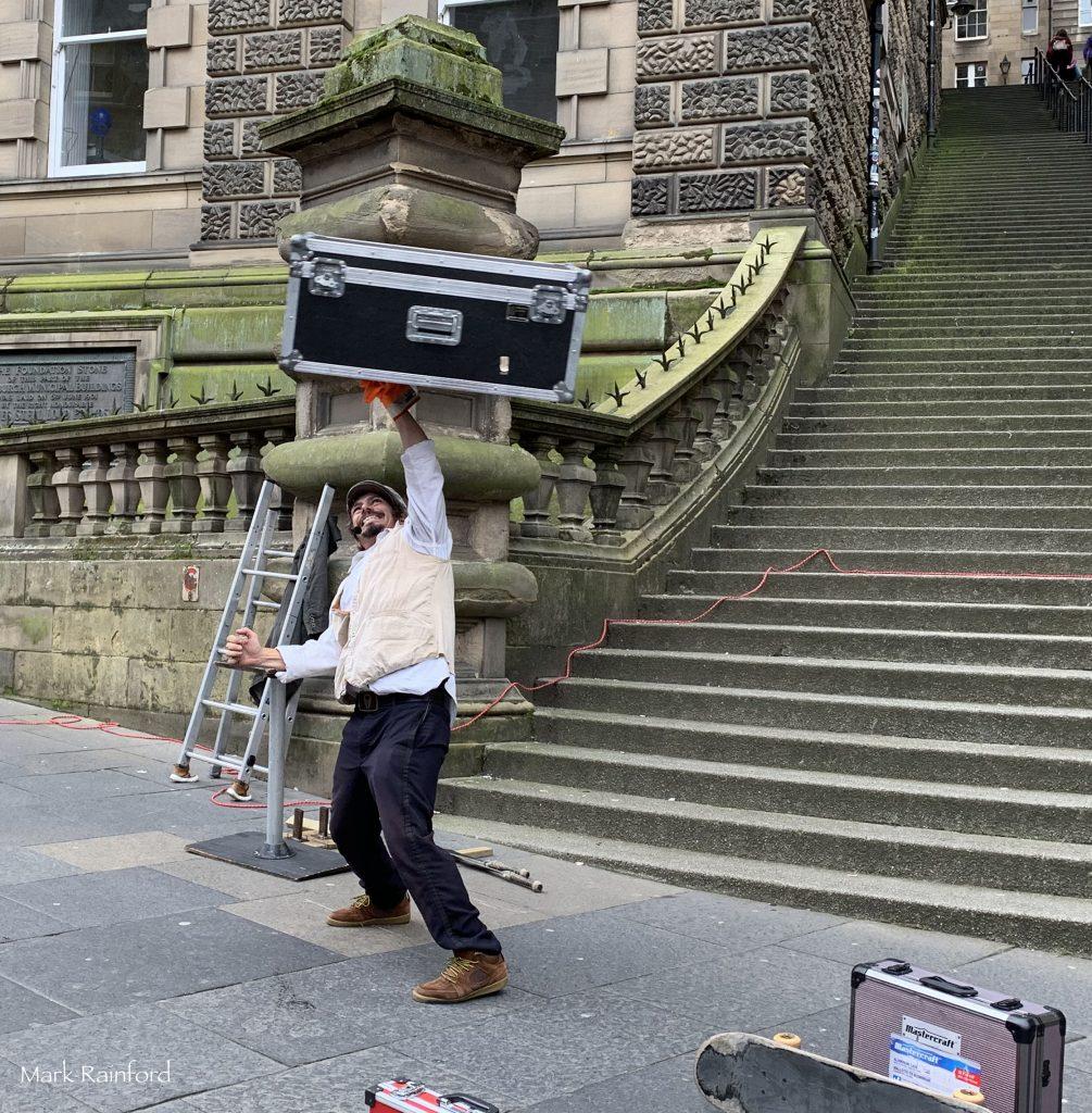 Edinburgh Fringe Festival Street Performer 2019