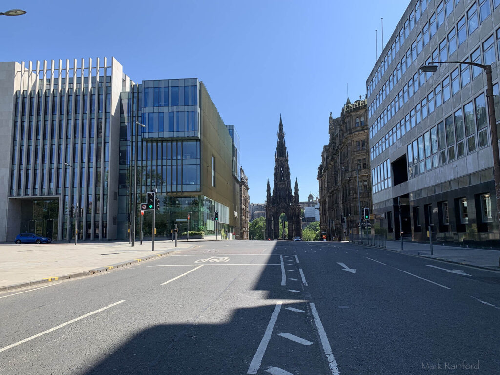 Edinburgh Covid 19 lock down St Andrew Square